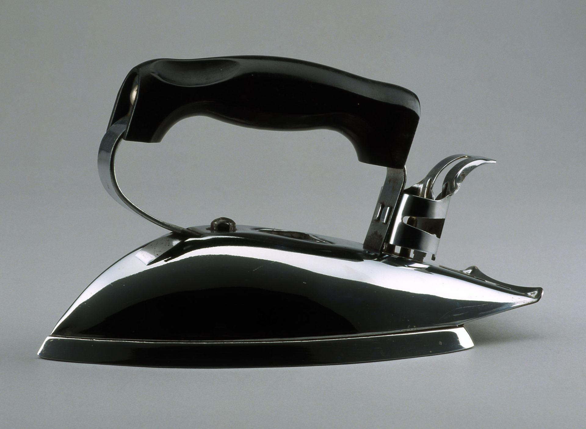 Iron, Sterling Streamline, Model no. SA-4344